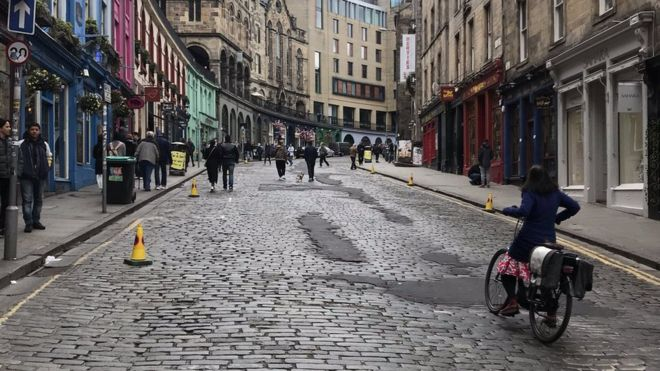 City of Edinburgh Council tweeted a picture of one iconic street devoid of cars